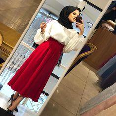 Skirt outfits hijab abayas New ideas Abaya Fashion, Muslim Fashion, Modest Fashion, Fashion Outfits, Hijab Style, Hijab Chic, Hijab Dress, Hijab Outfit, Modest Wear