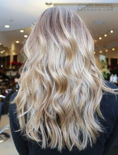 In love with this color! Gorgeous blonde highlights.