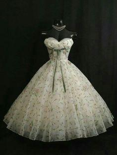 Pretty Vintage dress!