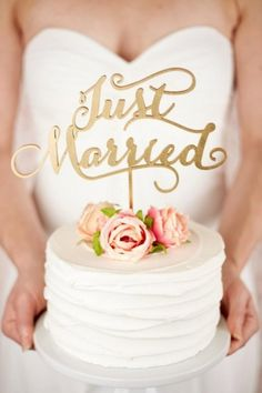 Do you want a cake topper? Wait, let's rephrase that: do you want a gorgeous cake topper that'll make a big statement at your wedding? Well, you're going to love what we've found today! We're sharing these crush-worthy statement cake toppers and I'll bet you'll find one you absolutely love.