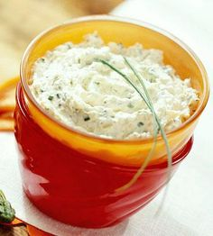Spice up your parties with our easy recipes for dips and salsas, perfect for chips, vegetables, pita wedges and more.