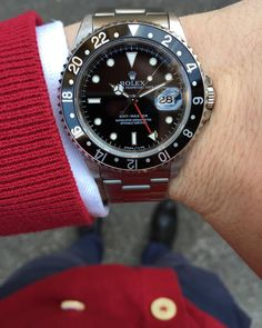 """""""Saturday morning with this very nice Rolex GMT Master ref. 16700 