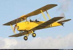 A classic De Havilland DH-82A Tiger Moth