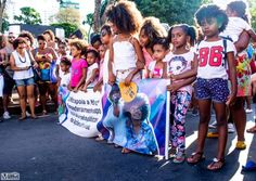 Brazilian Women Made a Bold Statement with a Natural Hair Empowerment March
