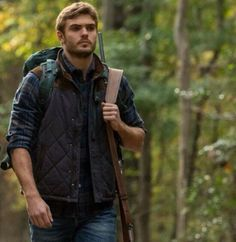 Top celebs jacket has intended another remarkable outfit, Alex Roe The Wave Evan Walker Blue Diamond Quilted Vest. The 5th Wave Series, I Love Series, Tv Series, Wave Book, The Fifth Wave, Film Science Fiction, Trust Your Instincts, Walker Evans, About Time Movie
