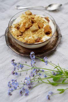 lumo lifestyle: Raparperipiirakka kulhossa * Potted rhubarb pie