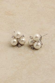 White Magnolia Pearl Earrings
