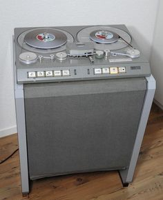 Studer - one of the greatest 2 track machines I ever worked with (at the BBC) (original comment, not mine) Audio Music, Recorder Music, Audio Sound, Tape Recorder, Hifi Audio, Hifi Stereo, Recording Equipment, Audio Equipment, Radios