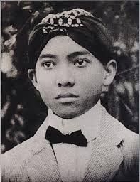 KETURUNAN SUNAN KALIJAGA: Sukarno dan Trah Sunan Kalijaga