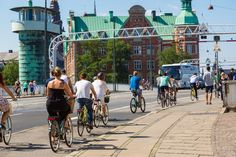 Building an Autobahn for bicycles http://pco.lt/1KpGQIP