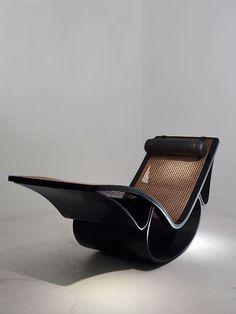 'Rio' chaise longue by Oscar Niemeyer
