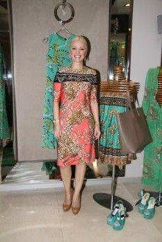 Moda tasarımcısı Siren Ertan Çarmıklı, yeni koleksiyonunu Punto Nişantaşı mağazasında tanıttı.