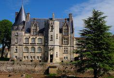 Chateau de Crazannes, Saintonge,Port-d'Envaux, Poitou-Charentes