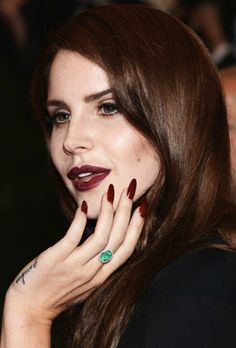 Celebrities with acrylic nails 2012