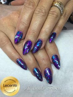 Another stunning set using #CND #shellac, #lecente #foils