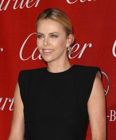 Charlize Therons go-to hairstyle