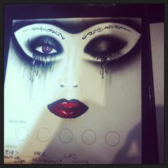 ILLAMASQUA school of make-up art . Школа искусства макияжа ILLAMASQUA ( Лондон).