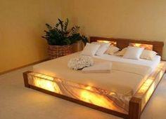 Para los que les gusta dormir con luz de noche Visita www.cocoyocbienesraices.com.mx