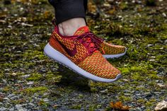 ***RELEASE REMINDER*** Girls, the Nike WMNS Roshe One Flyknit will be available at our shop tomorrow! Release: 6.11.2015 | 9:00h AM CET | EU 37,5 - 41 | 130,-€