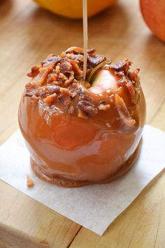 Bacon Caramel Apples ~Try this with Apple Slices Instead. Mmmm.