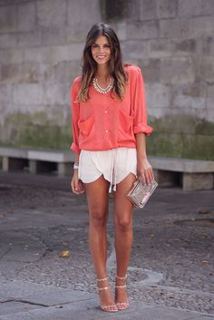 trendy_taste-look-outfit-street_style-coral_blouse-blusa_coral-nude_shorts-nude_sandals-sandalias_nude-hoss_intropia-zara-clutch_transparente-transparent_clutch-SS13-verano-11 by Trendy Taste, via Flickr