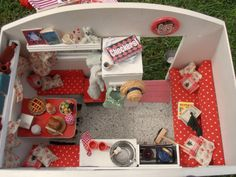 Red caravan by dolls houses and minis