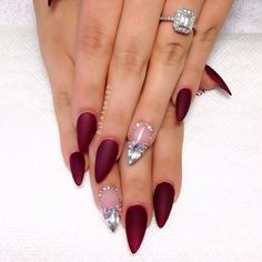 21 Wedding red nail art design