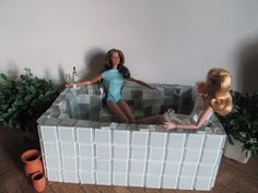The One Sixth Scale Dollhouse: 1:6 scale project- Hot Tub