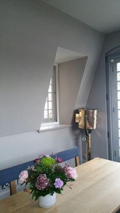 Balcony room nook
