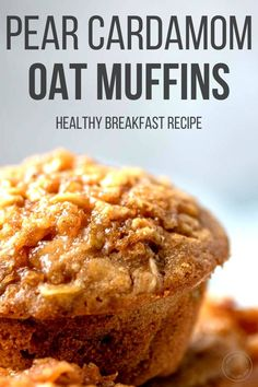 These healthy pear oatmeal muffins are an easy make-ahead breakfast or snack. Packed with juicy pears, warm spices and whole grain oats, this muffin recipe is perfect for meal prep! Pear Recipes Healthy, Pear Dessert Recipes, Sweet Recipes, Breakfast Recipes, Desserts, Vitamix Recipes, Blender Recipes, Healthy Fruits, Recipes