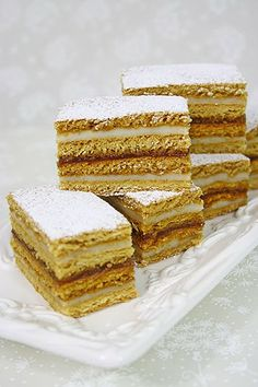 You will find here various recipes mainly traditional Romanian and Mediterranean, but also from all around the world. Sweets Recipes, Just Desserts, Cake Recipes, Cooking Recipes, Romanian Desserts, Romanian Food, Romanian Recipes, Layered Desserts, Square Cakes