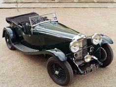 Aston Martin por jan