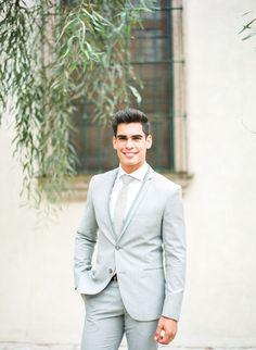 Light Grey Suits Wedding, Grey Tuxedo Wedding, Black Suit Wedding, Wedding Tuxedos, Light Blue Tux, Wedding Blue, Wedding Suits, Groomsmen Grey, Groom And Groomsmen Attire