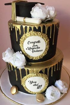 Two Tiers Black And Gold Grad Cake ★ Best graduation cakes for high school and for college, for boys and for girls. Use these simple and unique ideas to your advantage! ★ cake 18 Unforgettable And Awesome Looking Graduation Cakes Graduation Party Planning, College Graduation Parties, Graduation Celebration, Grad Parties, Graduation Ideas, Graduation Cake Designs, Graduation Decorations, Cakes For Graduation, Graduation Banner