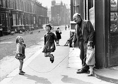 The Photographers' Gallery currently have an exhibition of the late Shirley Baker's street photography in Manchester and Salford; from 1961 to but mostly from the Sixties, at a time when the old slums were being cleared away. Black N White Images, Black And White Portraits, Black And White Photography, Black White, Vintage Pictures, Old Pictures, Old Photos, Shirley Baker, Charles Trenet