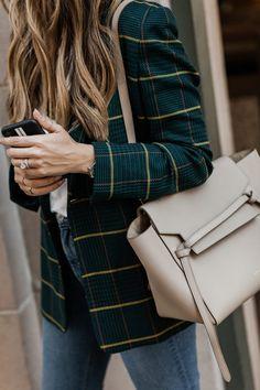 My favorite plaid blazer for fall - Blazer & Jacket & Suit - Mode Blazer Fashion, Fashion Outfits, Fashion Tips, Fashion Trends, Womens Fashion, Fashion Ideas, Ladies Fashion, Fashion Blouses, Fashion Websites