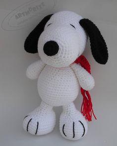 Snoopy amigurumi. #artesania #artmorixecreaciones #handmade #hechoamano #fetamà #ganxet #ganchillo #crochet #crocheting #crochetlove #instacrochet #amigurumitoy #amigurumi #muñecos #snoopy by artmorixe
