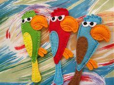 Zako the parrot   Felt brooch by mirkajakabova on Etsy, €10.00