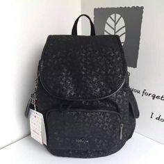 2016 Original Quality Women Kipling Backpack K12505 ,size :32cm*32cm*18.5cm ,35USD 2016 mujeres de calidad original Kipling Mochila K12505, tamaño: 32cm * 32cm * 18.5cm, 35 USD