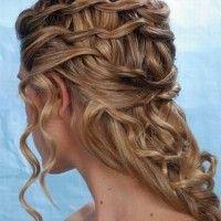 fonott esküvői frizura