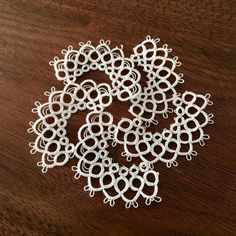 draft draft pop is in mass production - tatting lace, Marmelo Tatting Necklace, Tatting Jewelry, Tatting Lace, Shuttle Tatting Patterns, Needle Tatting Patterns, Tatting Tutorial, Doilies, Yarn Needle, Needle Lace