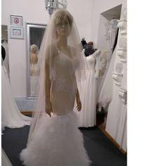 La Belle  2017  limited collections#La Belle 2017#labelle #lace #swarovskicrystals💎 #dress #weddingdress #wedding #bride #sukniaślubna #salonslubny #rzeszów #najpiekniejsza #pannamloda #slubne #design #handmade #white #bestdress #gown #bridal #bridalgown #handmade #cristal  #ślub #ślubna #suknia #myday #white#newcollection#rzeszów#madeinpoland🇵🇱 #designerdress