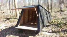 2015.04.11 Shelters opsat i skoven Nord for Lohals på Langeland