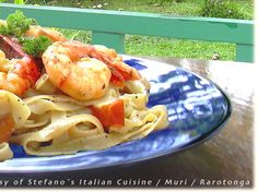 STEFANO´S ITALIAN CUISINE, >>> Pasta ai Gamberi and a glass of Oyster ...