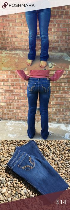 Hollister Bootcut Jeans Perfect for Fall! Size 5R Beautiful pair of Hollister Bootcut Jeans. Waist: 27 inches. Length: 33 inches.                         One slight imperfection on the bottom of the back leg (see picture above), otherwise these jeans look new! Hollister Jeans Boot Cut