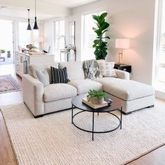 Casa Pop, Boho Living Room, Living Room Couches, Apartment Couches, Apartment Living Rooms, Living Room Ideas With Sectionals, Neutral Living Room Sofas, Rooms To Go Couches, Dining Rooms