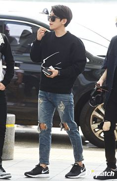 EXO Byun Baekhyun @ Incheon Airport to Nanjing Airport
