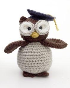 Expattern: Free Crochet Pattern - Amigurumi Graduation Owl Geslaagd uil examen