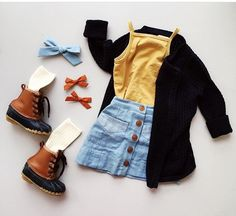 Blauer Rock und gelbes Top Kleinkind Mädchen Herbst Outfit – Toddler Outfits … Blue Skirt and Yellow Top Toddler Girl Fall Outfit – Toddler Outfits – child Toddler Fall Outfits Girl, Girls Fall Outfits, Toddler Girl Style, Cute Baby Girl Outfits, Mode Outfits, Toddler Fashion, Toddler Suits, Toddler Thanksgiving Outfit Girl, Toddler Boys
