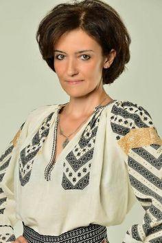 Ioana Corduneanu, Romania